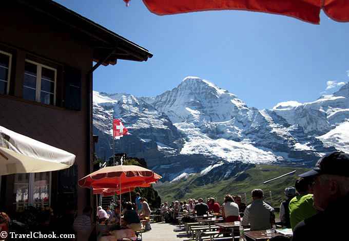 Restaurant-in-swiss-alps-near-Kleine-Scheidegg