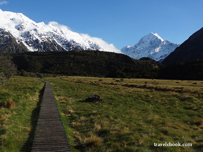 Mt Cook hiking trail