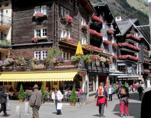 Falling in love with the beautiful Swiss village of Zermatt